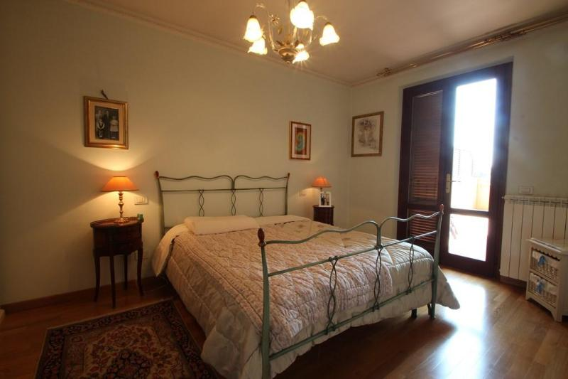 Holiday Apartment near Sea in Querceta - Image 1 - Querceta - rentals