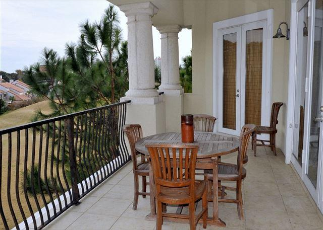 "Top floor balcony over looking golf course - Stay at the ""MASTERS MAJESTIC"" VILLA. REDUCED WINTER SNOWBIRD RATE - Sandestin - rentals"