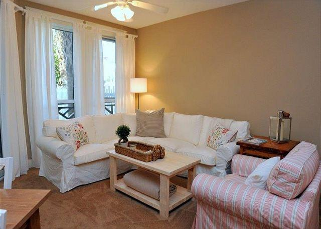 Living area - Stay at 'Poolside Paradise' right at the Village! Free Shuttle Included! - Sandestin - rentals