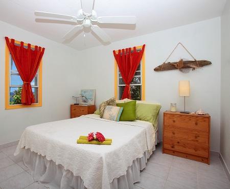 Bedroom Double Bed- Extra Sheets & Towels provided! - Tree Frog Apt, Oceanfront Comfort - Philipsburg - rentals