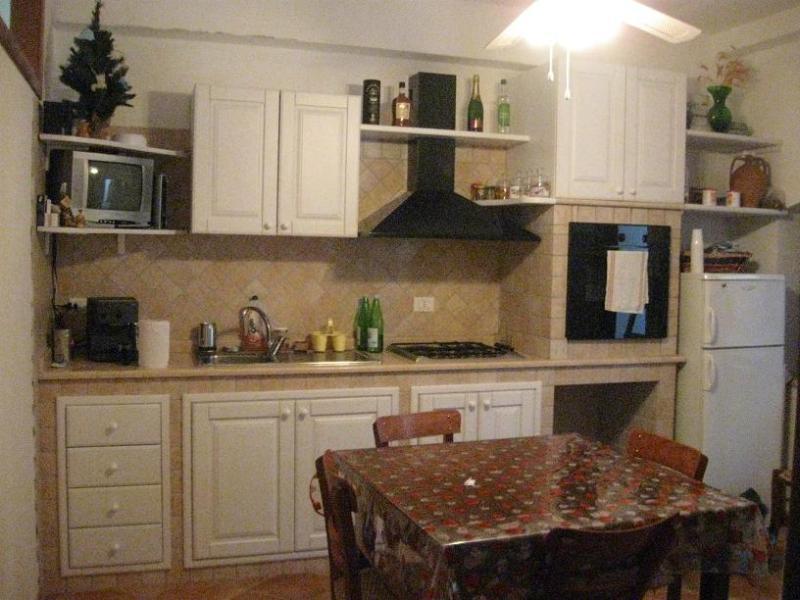 kitchen - Erasippe Residence- Nosside Flat - Bianco - rentals
