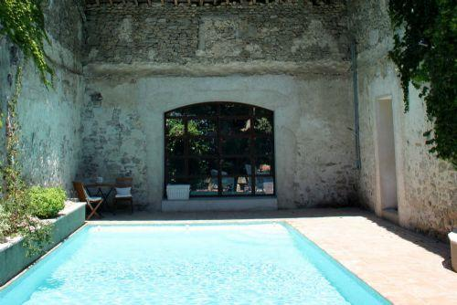 Fantastic heated courtyard pool - Manor House With Heated Pool - Family friendly - Paulhan - rentals