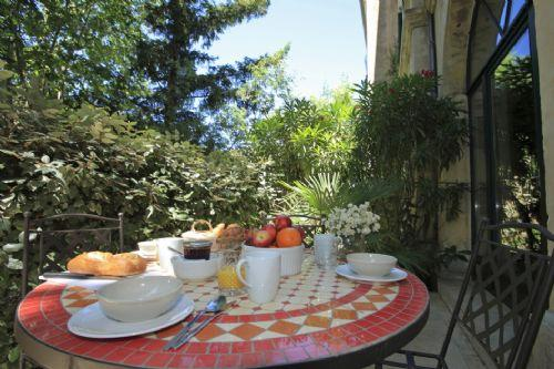 Your private terrace - Secret Garden 2 - Sunny pool, shady garden, walk t - Pezenas - rentals