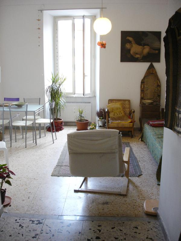 Spacious Living room - STYLISH APARTMENT close Central Station - Rome - rentals