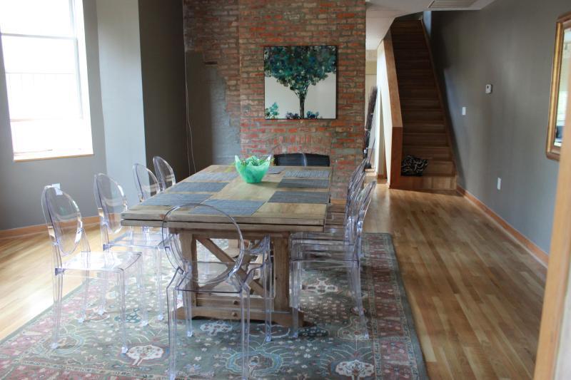Dining Room - 4 king bedrooms and 3 bathrooms sleeps 12 - Washington DC - rentals