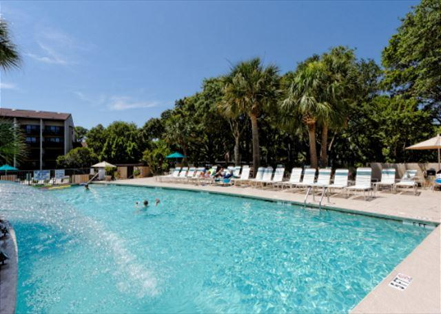 Take a swim, keep cool in the pool - Island Club 3202, 2 Bedroom, Oceanfront View, Pool, Walk to Beach, Sleeps 6 - Palmetto Dunes - rentals
