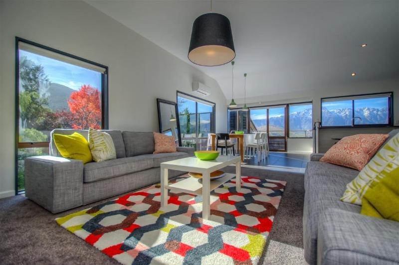 Main Living area - La Laguna - Queenstown - rentals