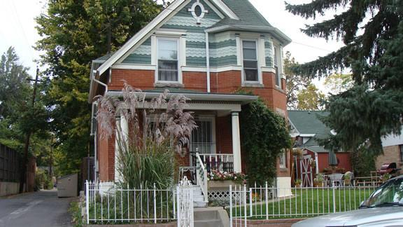 Front of House - In the Heart of Highlands! - Denver - rentals