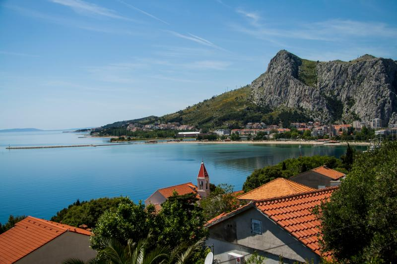 Beautiful view 4+2 - Image 1 - Omis - rentals