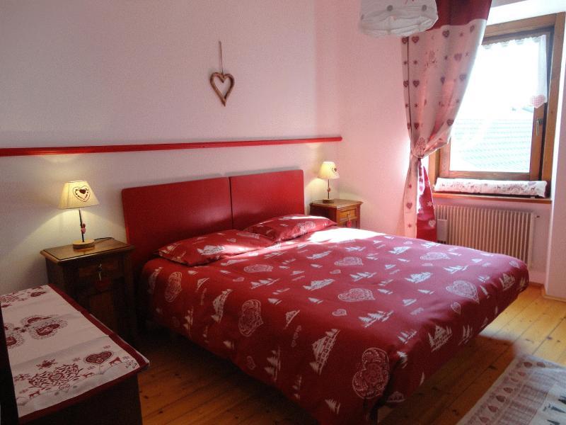 Bedroom - Apartments Livia, around Trento - 2nd floor - Centa San Nicolo - rentals