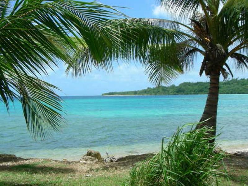 Maison la Plage Vanuatu Holiday House - Image 1 - Port Vila - rentals