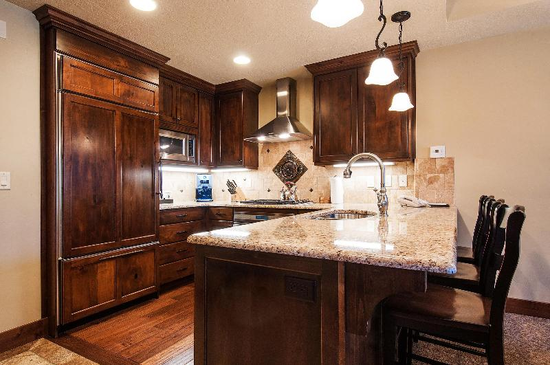 The Kitchen - Hyatt Escala -New 1 BDR - Ski In/Ski Out Sleeps 4 - Park City - rentals