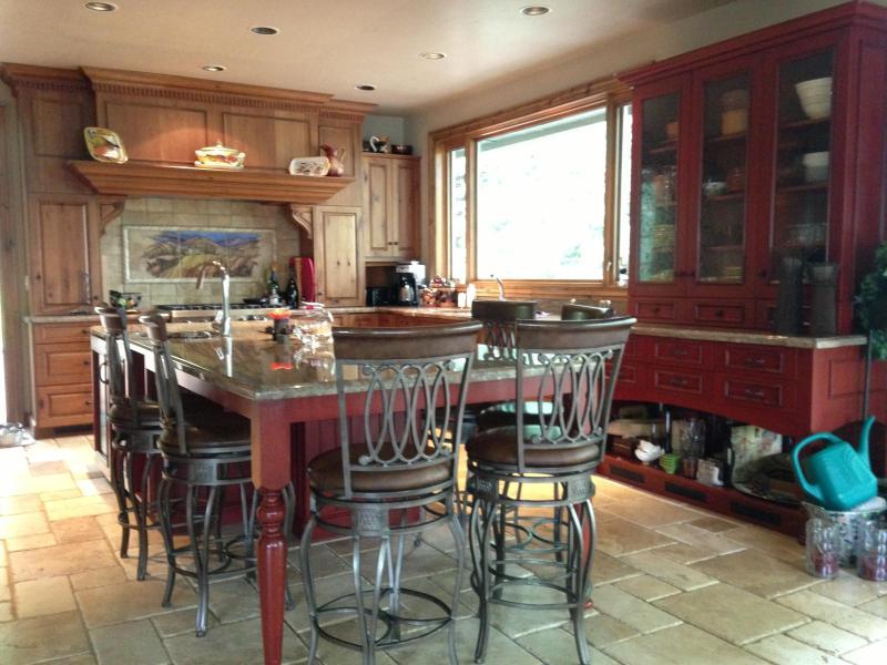 Kitchen - Vail-spectacular home, great views - Avon - rentals