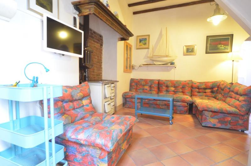 Apartment for 4-5 persons in center of Rovinj - Image 1 - Rovinj - rentals