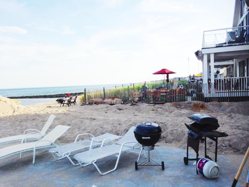 Time to BBQ and lay out! - Spacious Beach House Right on the Water - Fairfield - rentals