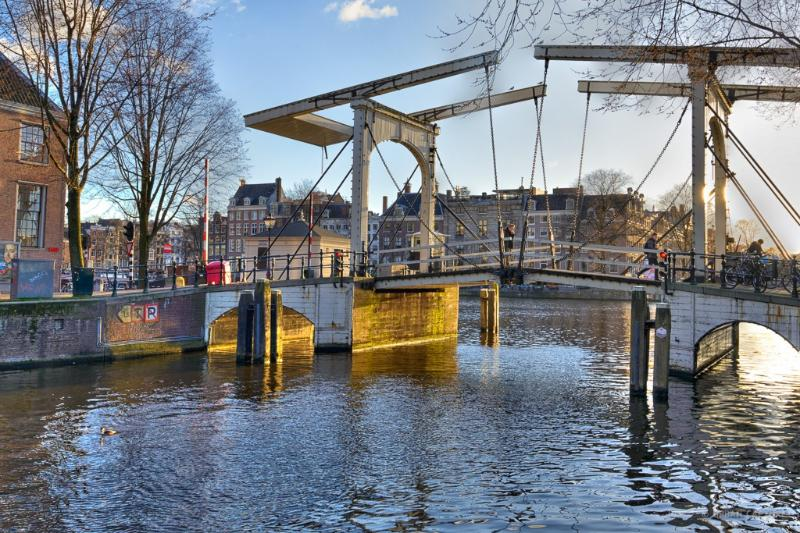 Bridge across the Nieuwe Herengracht at Amstel river - Garden Condo at World Heritage Canals - Amsterdam - rentals