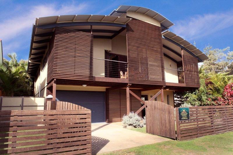 Pure Beachfront - Beach House Sleeps up to 10 - Image 1 - Wooli - rentals