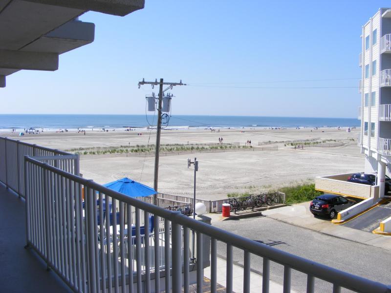 Summer Sands! Oceanfront Complex With Two Pools! - Image 1 - Wildwood Crest - rentals