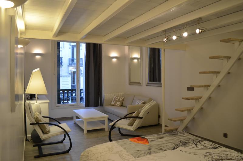 Style in white! - High-Style Central Loft in Paris - Paris - rentals