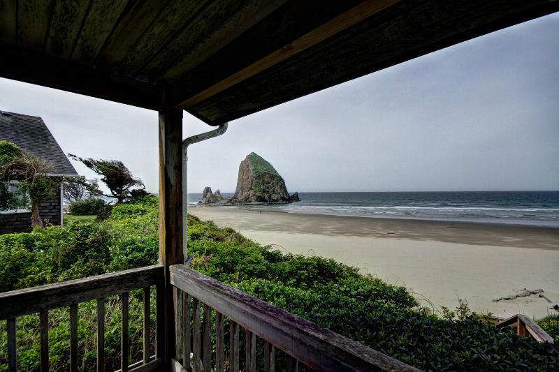 Haystack Close South - Image 1 - Cannon Beach - rentals