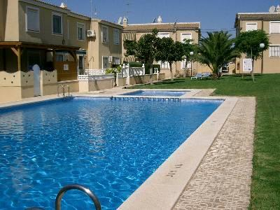 Communal pool and lush gardens - Sunny Self catering apartment views, Villamartin - Villamartin - rentals