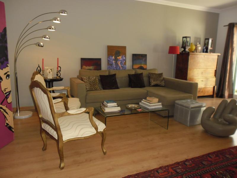Charming house with garden near beach & golf - Image 1 - Estoril - rentals