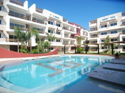 Pool sun loungers - Luxury Sabbia Condo B202, Playa Del Carmen, MEXICO - Playa del Carmen - rentals