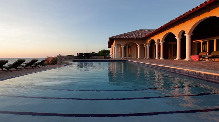 The Infinity Pool...and beyond it the Caribbean - Secluded Oceanfront Villa - Luxury + Great Diving - Westpunt - rentals