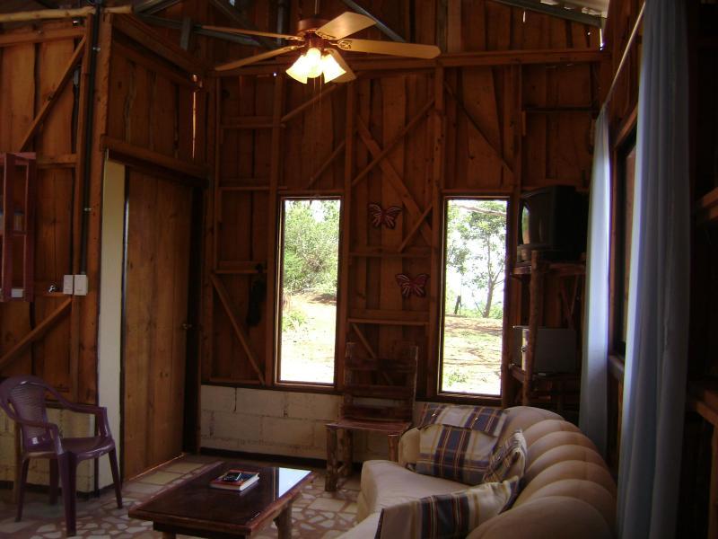 side entrance - The Cabin Within Finca Las Mariposas - Santiago de Puriscal - rentals