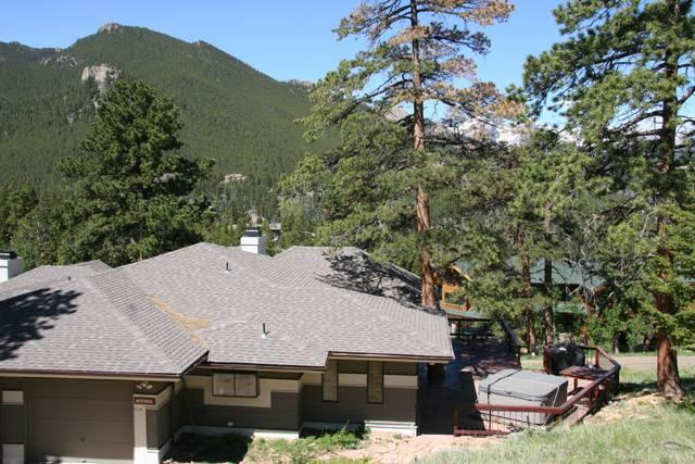 The Meyer at Windcliff: Panoramic RMNP Views, Hot Tub, Walk to Park, Wildlife - Image 1 - Estes Park - rentals