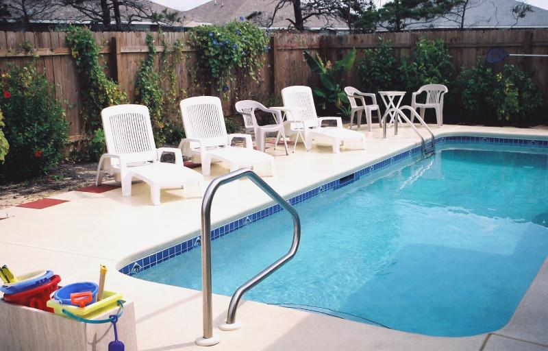 Private Swimming Pool w/ 6-foot Privacy Fence - Pelican's Elbow, 4BR, March 21-28 Discounted - Miramar Beach - rentals