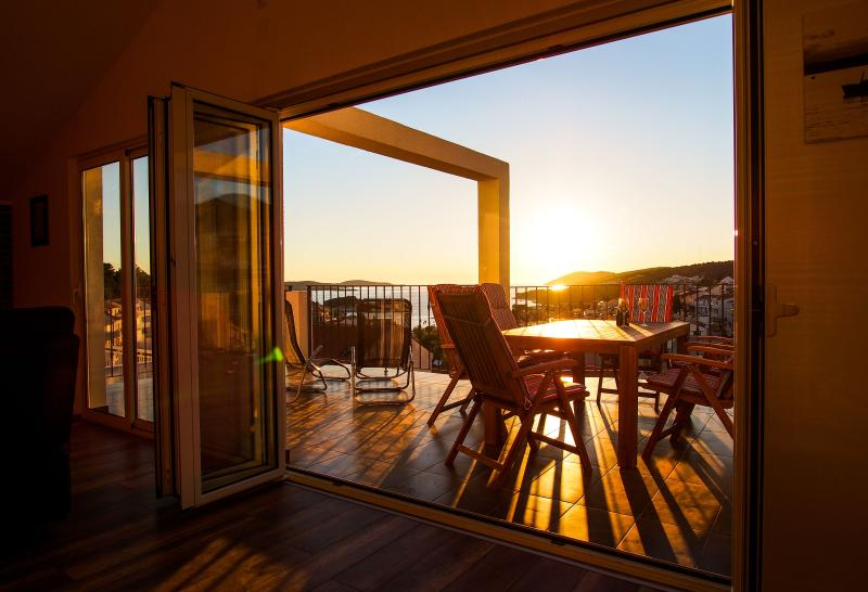 PENTHOUSE with spectacular SEA VIEW - Image 1 - Hvar - rentals