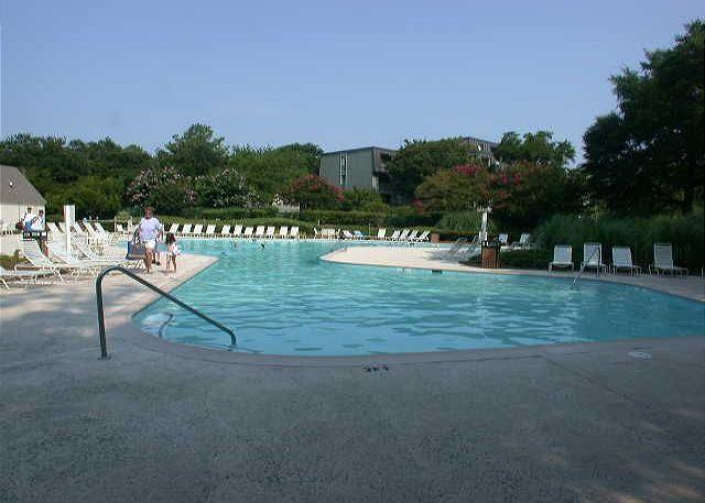 Harbour Town Pool - 34 Muirfield. Fabulous Views of the 2nd Fairway of Harbourtown Golf Links - Hilton Head - rentals