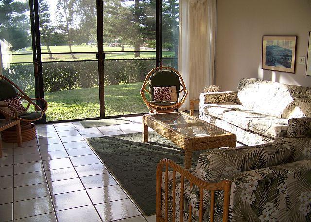 Living Room - Turtle Bay 019 West *** - Kahuku - rentals
