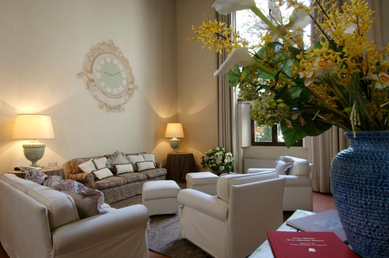 Apartment in Florence - Palazzo Belle Donne - Tonio - Image 1 - Florence - rentals