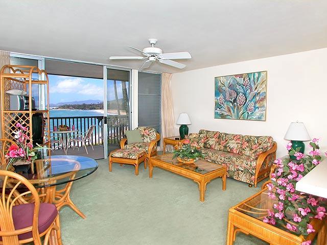 Wailua Bay View 1 Bedroom Ocean Front 215 - Image 1 - Kapaa - rentals