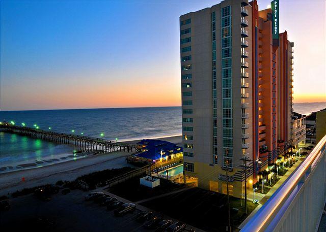 Oceanfront Bldg/Oceanfront Unit - Oceanfront condo-full kitchen, garden tub, resort amenities, @ fishing pier - North Myrtle Beach - rentals