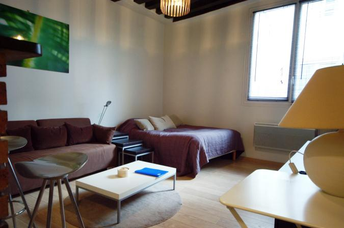 1.jpg - LOMB - Paris - rentals