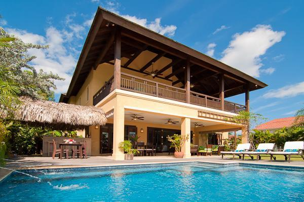 Front of villa - Montego Bay Beach Villa gated community/Tennis/Gym - Montego Bay - rentals