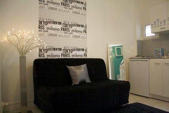 Cute studio close to Parc Monceau-internet and fees included (Rue des Moines - apt #544 ) - Image 1 - Paris - rentals
