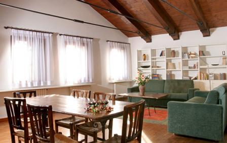 Villa in Ca Grassi 3 | Rent Villas | Classic Vacation - Image 1 - Venice - rentals