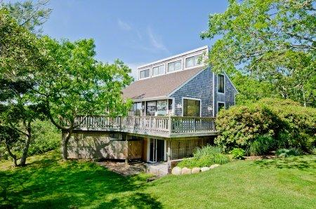 TREETOP COTTAGE: SOPHISTICATED LONG POINT BEACH HOUSE - WT NPAU-140MH - Image 1 - Martha's Vineyard - rentals