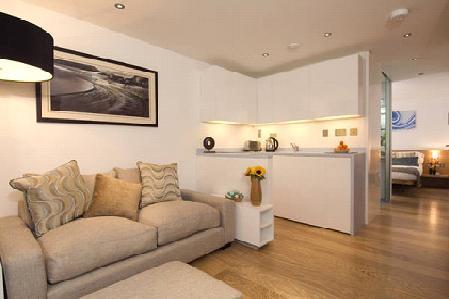 Kensington 2 Bedroom  (3928) - Image 1 - London - rentals