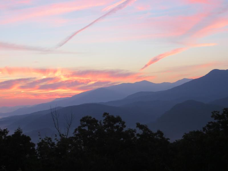 Beautiful sunrise view taken from the main deck of Cloudy Dreams. - Fab Mtn Views, 2 Kings+, WIFI, Covered Deck & More - Gatlinburg - rentals