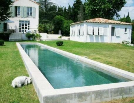 Holiday rental Villas Puyricard (Bouches-du-Rhône), 270 m², 3 980 € - Image 1 - Aix-en-Provence - rentals