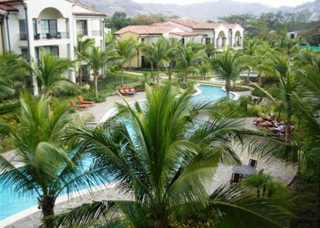 Lazy river community pool - Pacifico L214 - 2 bedroom, 2 bathroom condo with pool view in Pacifico - Playas del Coco - rentals