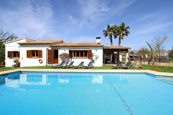 3 bedroom Villa in Pollença, Balearic Islands, Mallorca : ref 2268237 - Image 1 - Pollenca - rentals