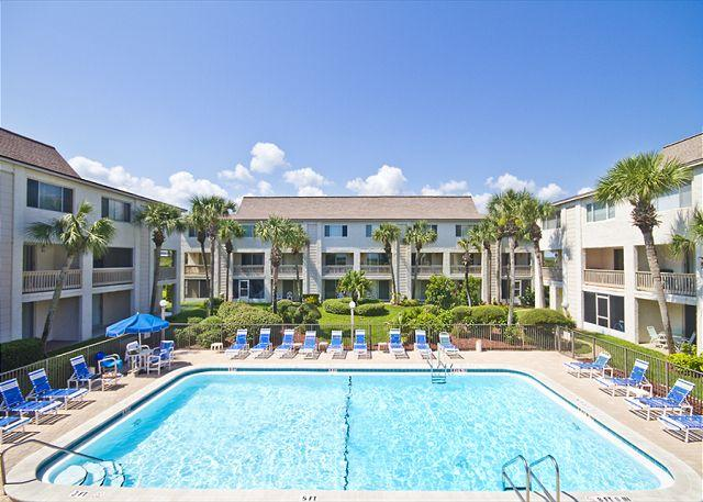Four Winds is waiting for you! - Four Winds A-3T, 2 Floors - Ocean Front, 2 Bedrooms, 2 heated pools - Saint Augustine - rentals