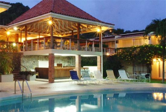 Sunset Shores Beach Hotel - St.Vincent - Sunset Shores Beach Hotel - St.Vincent - Kingstown - rentals