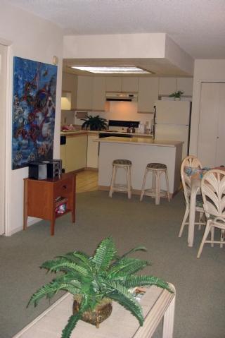 Living room to kitchen - Maui Banyan G 304B W55801083-01 - Kihei - rentals